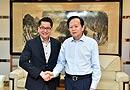 5月15日下战书,无需请求主动送彩金38日报社社长李宝善会晤新加坡驻华大使罗家良一行。[阅读]