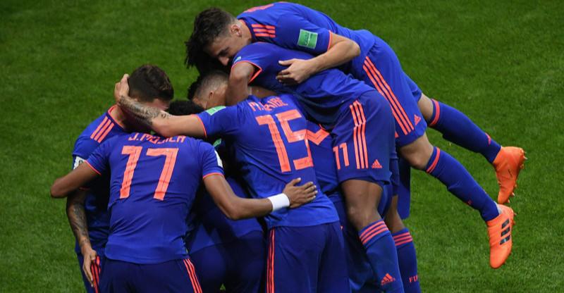 高清:J罗穿针引线助队友破门 哥伦比亚3-0大胜波兰