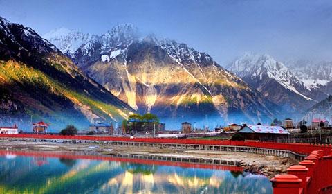 西藏然乌湖,美如瑶池瑶池