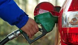 国际制品油调价窗口今开启 下调或停顿