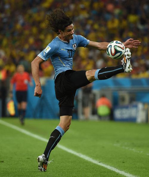 在巴西里约热内卢马拉卡纳大球场进行的2014年巴西世界杯1/8决赛图片