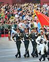 这次大阅兵,是以习近平同志为总书记的党中央作出的郑重决策,对于实现中华民族伟大复兴和促进世界和平与发展,具有重大现实意义和深远历史意义。