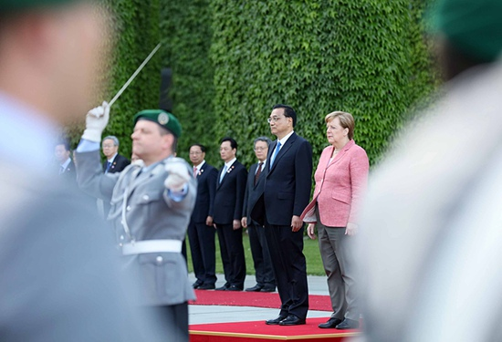 """外媒评李克强访德:开启一场中国""""魅力攻势"""""""