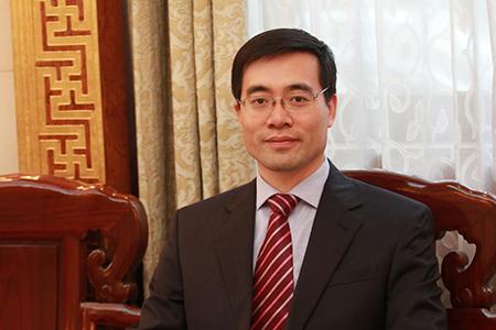 外交学院教授高飞