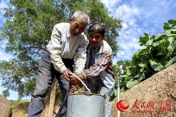 村民用上了安全清洁的自来水