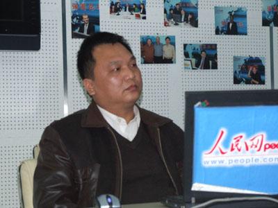 广西贵港市人民检察院反贪局局长杨勇