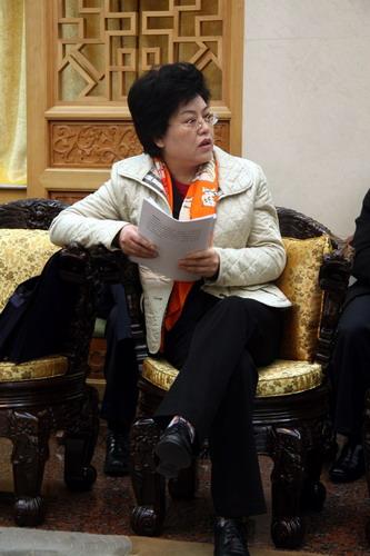宁夏召开政府全会讨论政府工作报告