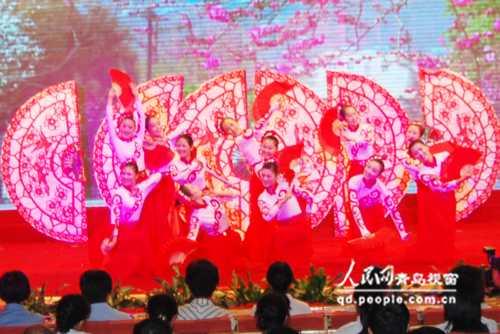 胶州秧歌:《舒心的日子扭著过》-青岛市隆重举行 岛城先锋之歌 文艺