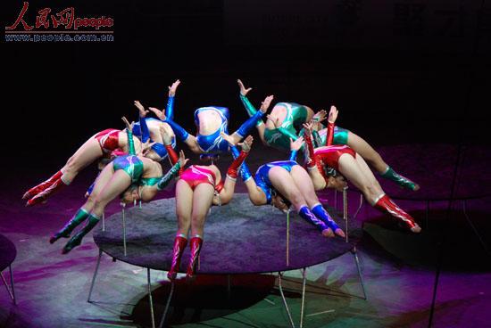 第九届中国武汉国际杂技艺术节在武汉开幕